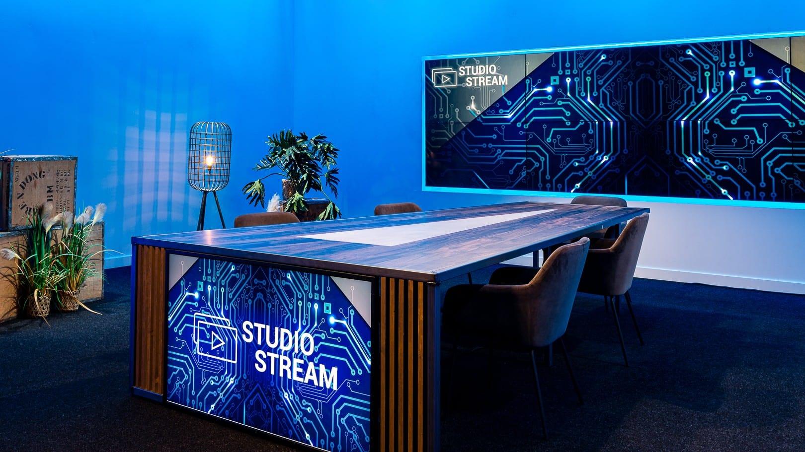 StudioStream-2